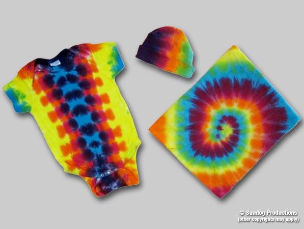 infant-gift-set-onesie-blanket-hat-1361374700-thumb-jpg